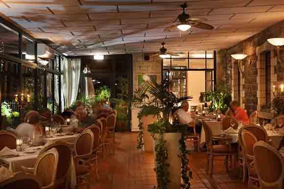 Torrance Restaurant Outdoor Seating Area - via The Scots Hotel Tiberias