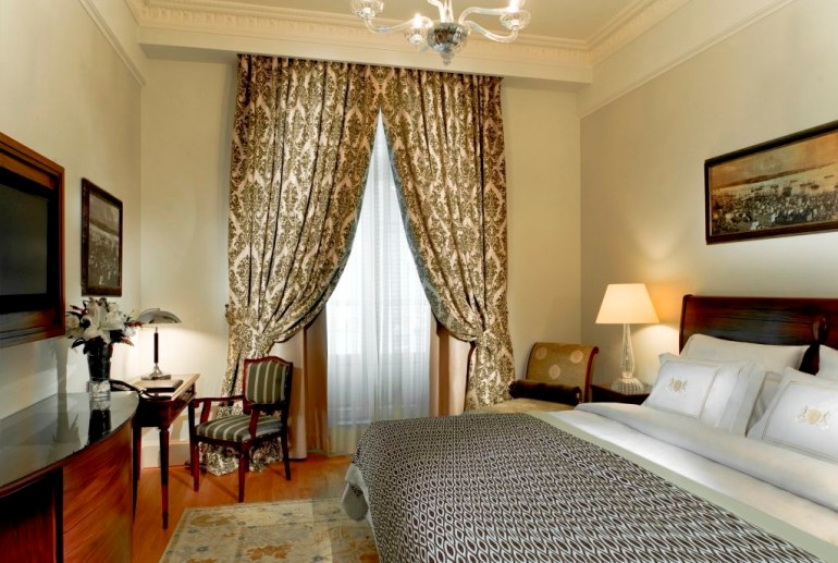 Deluxe Golden Horn King Room - Pera Palace Istanbul