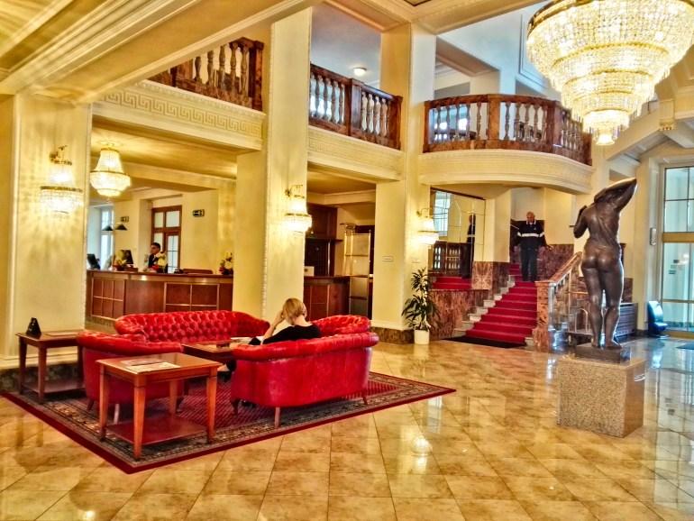 Hotel Imperial Lobby Area - Karlovy Vary