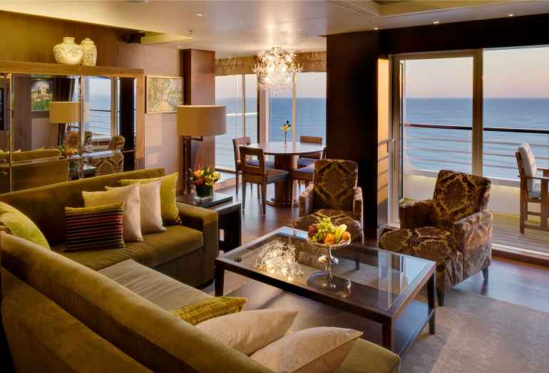 Crystal Symphony Penthouse with Verandah