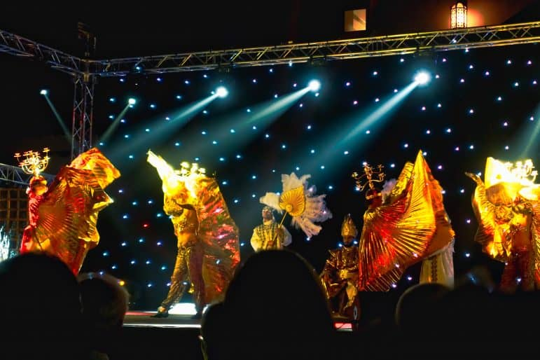 Evening Show - Azamara Club Cruises