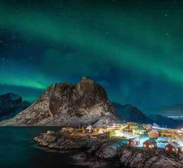 Explore Norway's Northern Lights With Hurtigruten