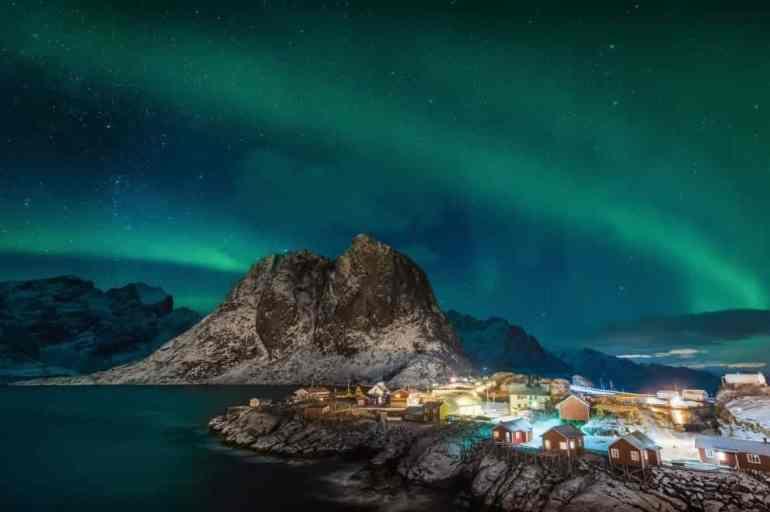 Explore Norway's Northern Lights With Hurtigruten