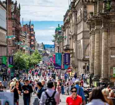 Glasgow Travel Guide: Where to Party, Places to Eat and Drink in Glasgow