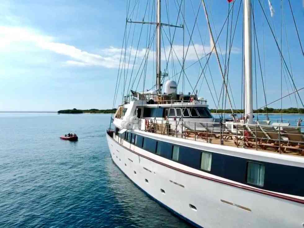 On our zodiacs off to explore more Indonesian Island- M/S Panorama II