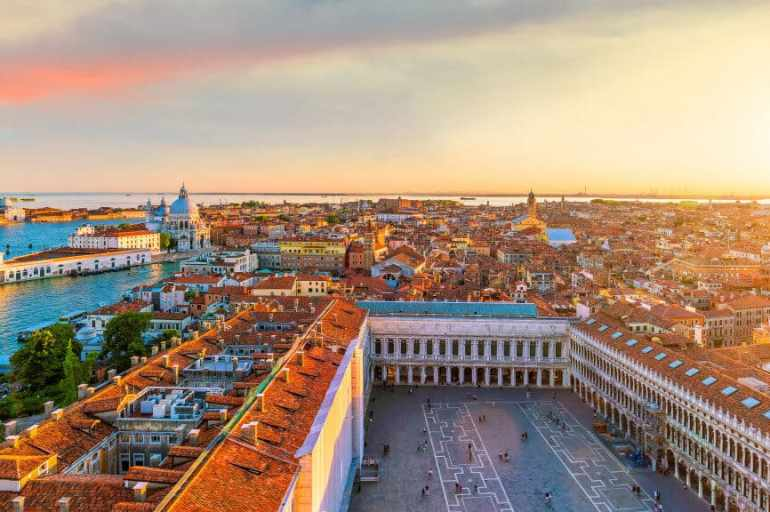 A Guide to Exploring Venice, Italy