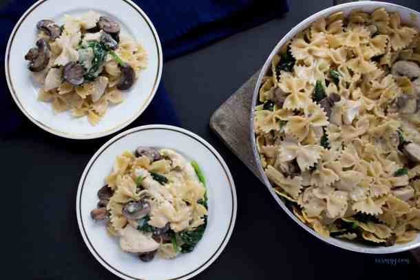 The perfect pasta for Valentine's or just a meal prep for the week. Either way, it's delicious, creamy, and easily made in one pot!