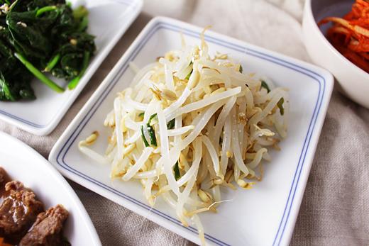 Cuisine coréenne: salade de soja