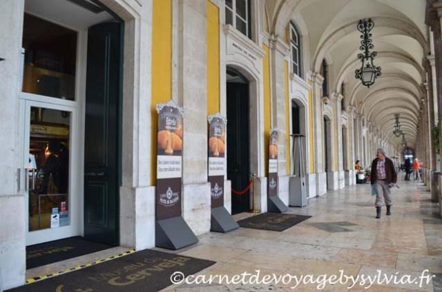 Arcade de la place du commerce Lisbonne
