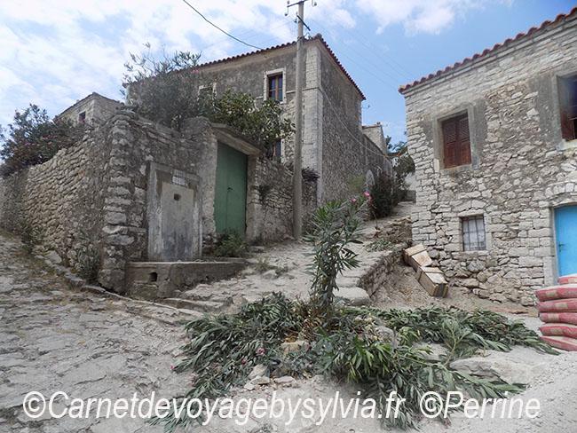 Qeparo Albanie-Perrine