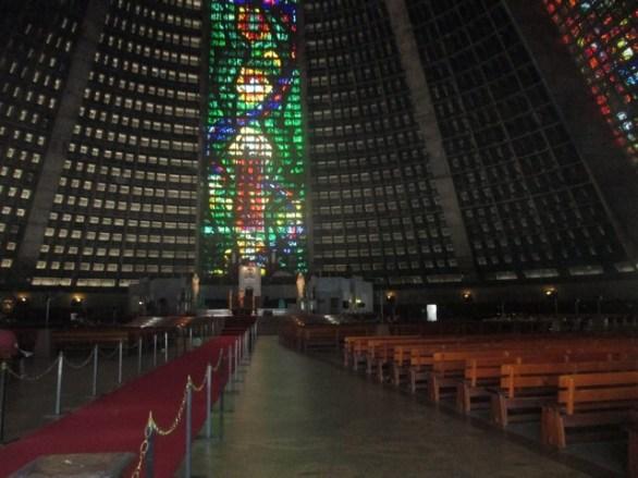 Cathédrale métroplitaine Rio intérieur