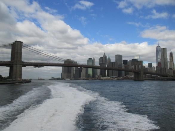 Sur l'East River ferry