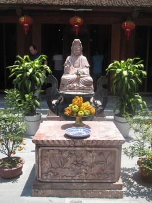 Bouddha Pagode au pilier unique