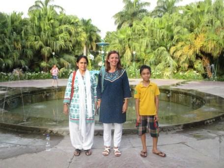 pose photo jardin Saheliyon-ki-Bari