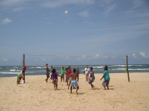 volley-ball Plage Corail beach Tangalla