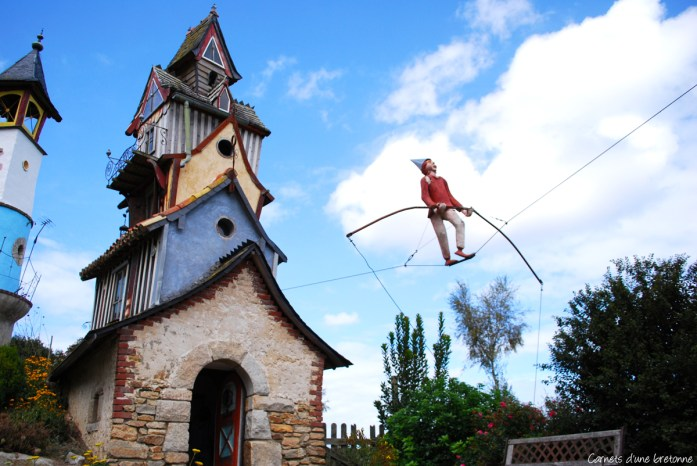 village-poete-ferrailleur-lizio
