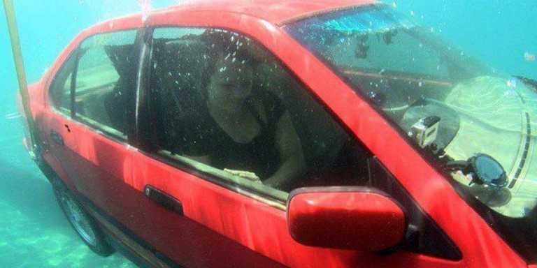 image-situation-urgente-voiture-submergee