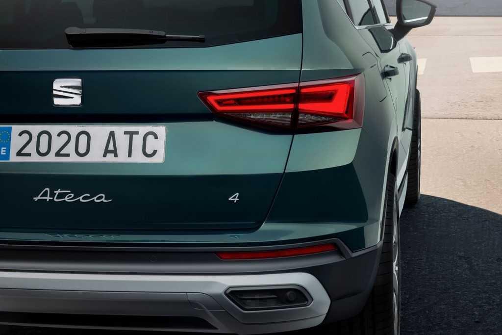 seat-ateca-2020-vue-coupe-arriere-droit