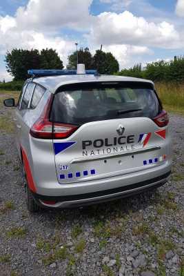 renault-grand-scenic-police-durisotti-6