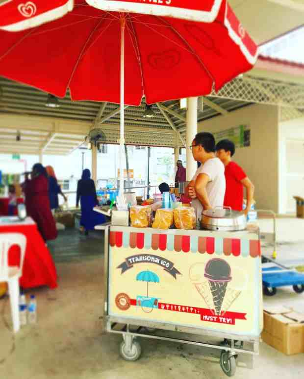 traditional-ice-cream-cart-rental
