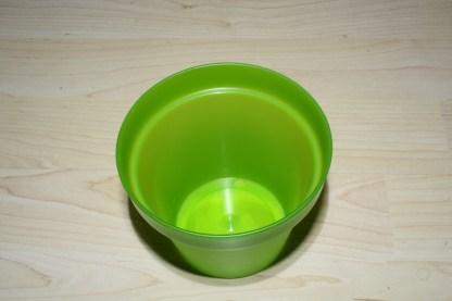 Plastikübertopf grün