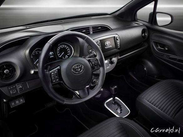 Toyota-Yaris_2017_4