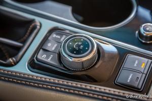 Nissan_Maxima_16