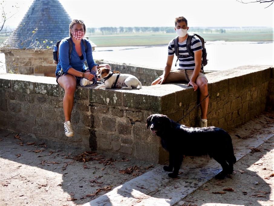 Mont Saint Michel chien dog hund