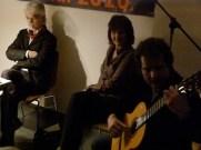 Markus Jung, an der Gitarre David Wendeborn