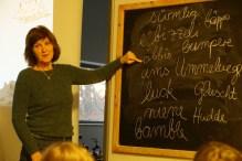 """Vorlesewoche im AWO Kinderhort Denzlingen; mit """"Rosetta"""" alemannisch lernen"""