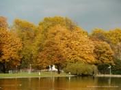 Herbst am Stuttgarter Schloß (c) Carola Peters