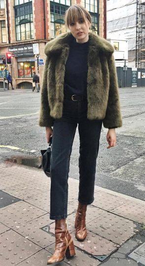 street-style-look-maxi-casaco-pelos-calca-jeans-skinny-boots-170512-012503