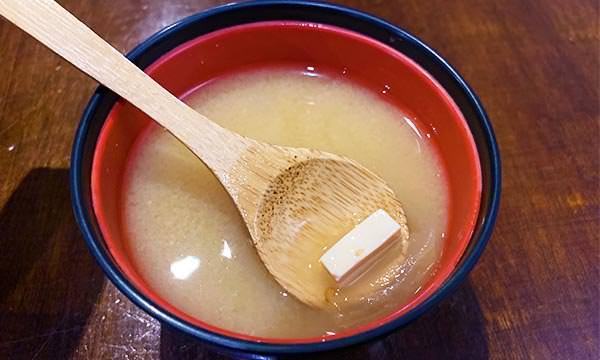 直火人味噌豆腐湯