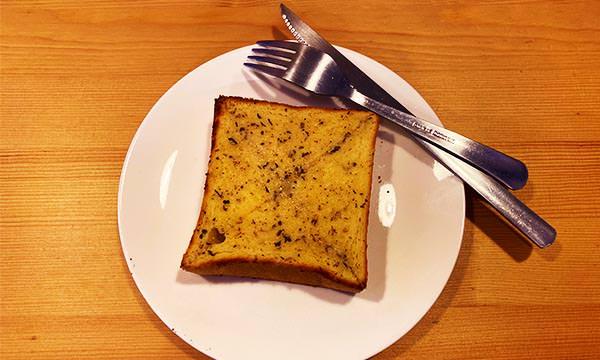 林居餐坊 蒜味乳酪厚片