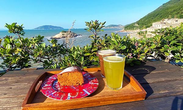 【北竿美食】芹沃咖啡烘焙館|芹壁村無敵海景咖啡廳