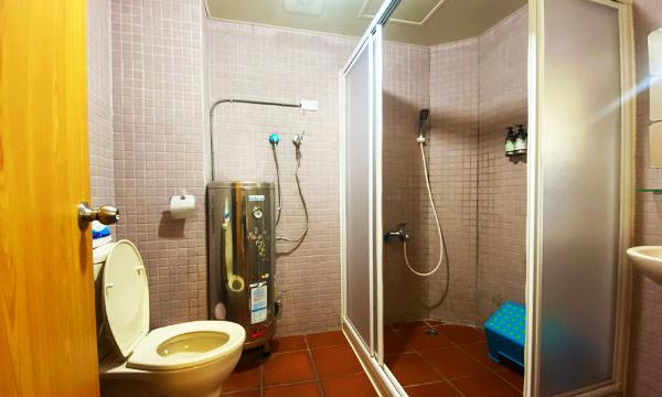 房間廁所有盥洗用品