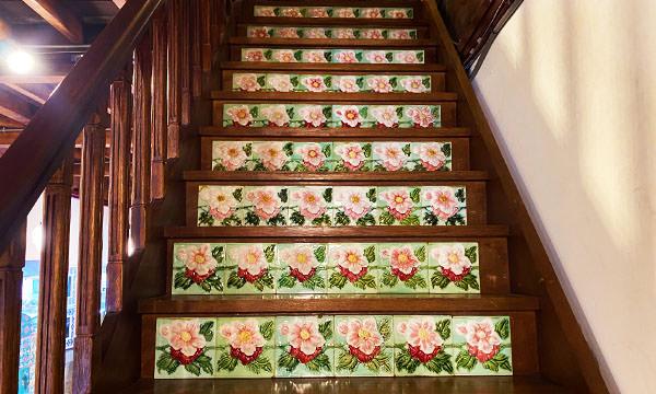 花磚博物館 通往二樓的樓梯