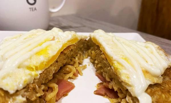 小屋早午餐 泡麵小阪燒