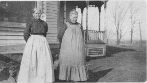 Iowa farm women, c. 1913