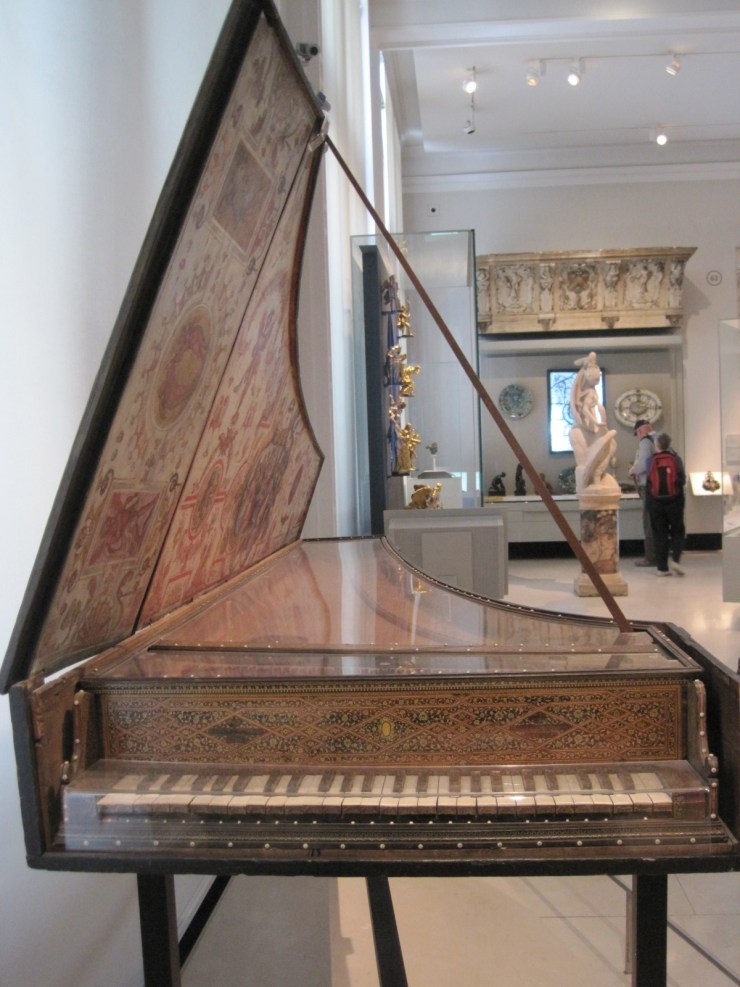 portable harpsi