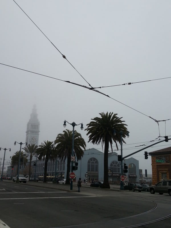 walking-San-Francisco-Embarcadero