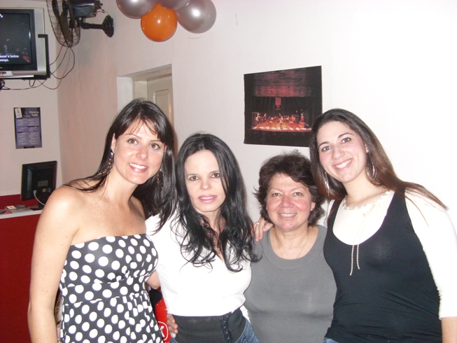 Renata Bueno, Aninha Tancredo, Drª Elizabeth e Carol Chelly