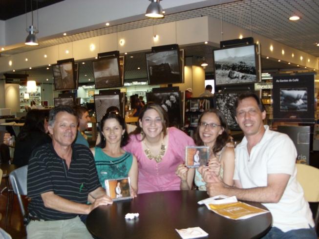 Oscarlino, Ana, Carol, Márcia e Renato