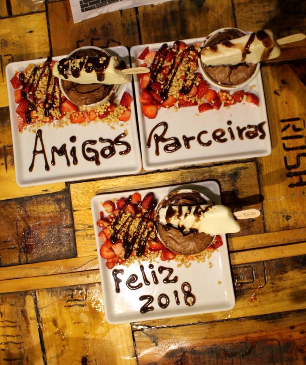Sobremesas do Jazz Restô Burguers parceiro #BloggersSecret