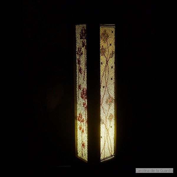 Torchon lace lamp. 4 different faces
