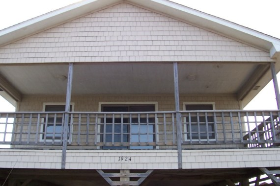 Outer Banks beach box home before renovation