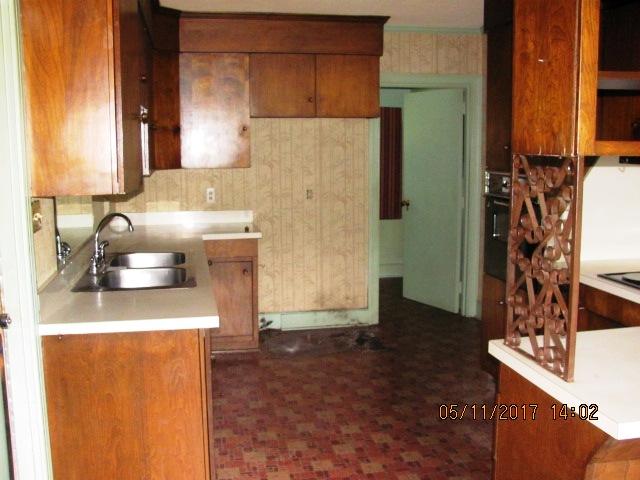 406 Darby Kitchen