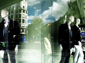Un señor. Calle Goya, Madrid.
