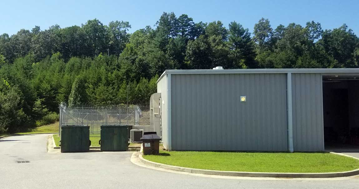 A security enclosure around an outside area for inmates of the Cherokee County Detention Center in Murphy, N.C. Frank Taylor / Carolina Public Press