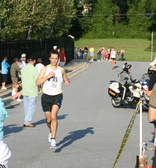 Overall Winner Loic Laforet cruises to the finish in 28:02.  Number two Jared Crave is right behind him at 28:12.